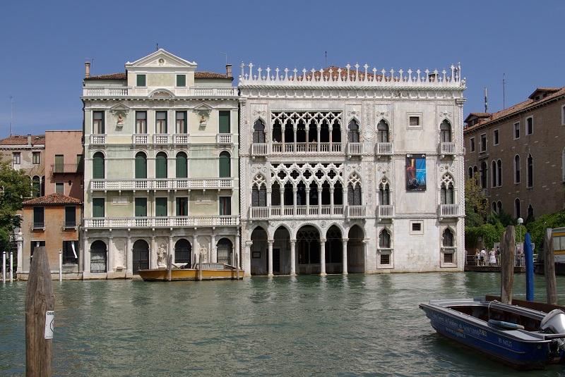 Venezia_Palazzo_Giusti_e_Ca'_d'Oro_001