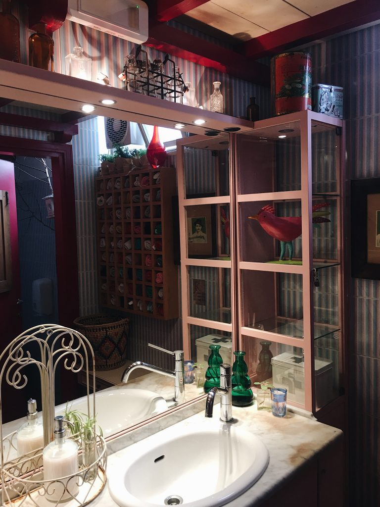 Nato da una costola del ristorante Don Claudio, il Magazzino delle Scope di Jesolo è il posto perfetto per una cucina creativa e rigorosamente stagionale