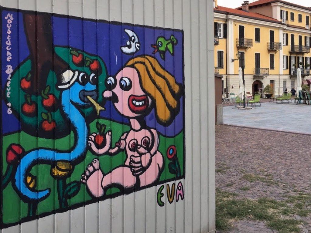 A Cuneo la street art ha ridato vita a piazza Boves, abbandonata a se stessa per anni e trasformata in parcheggio