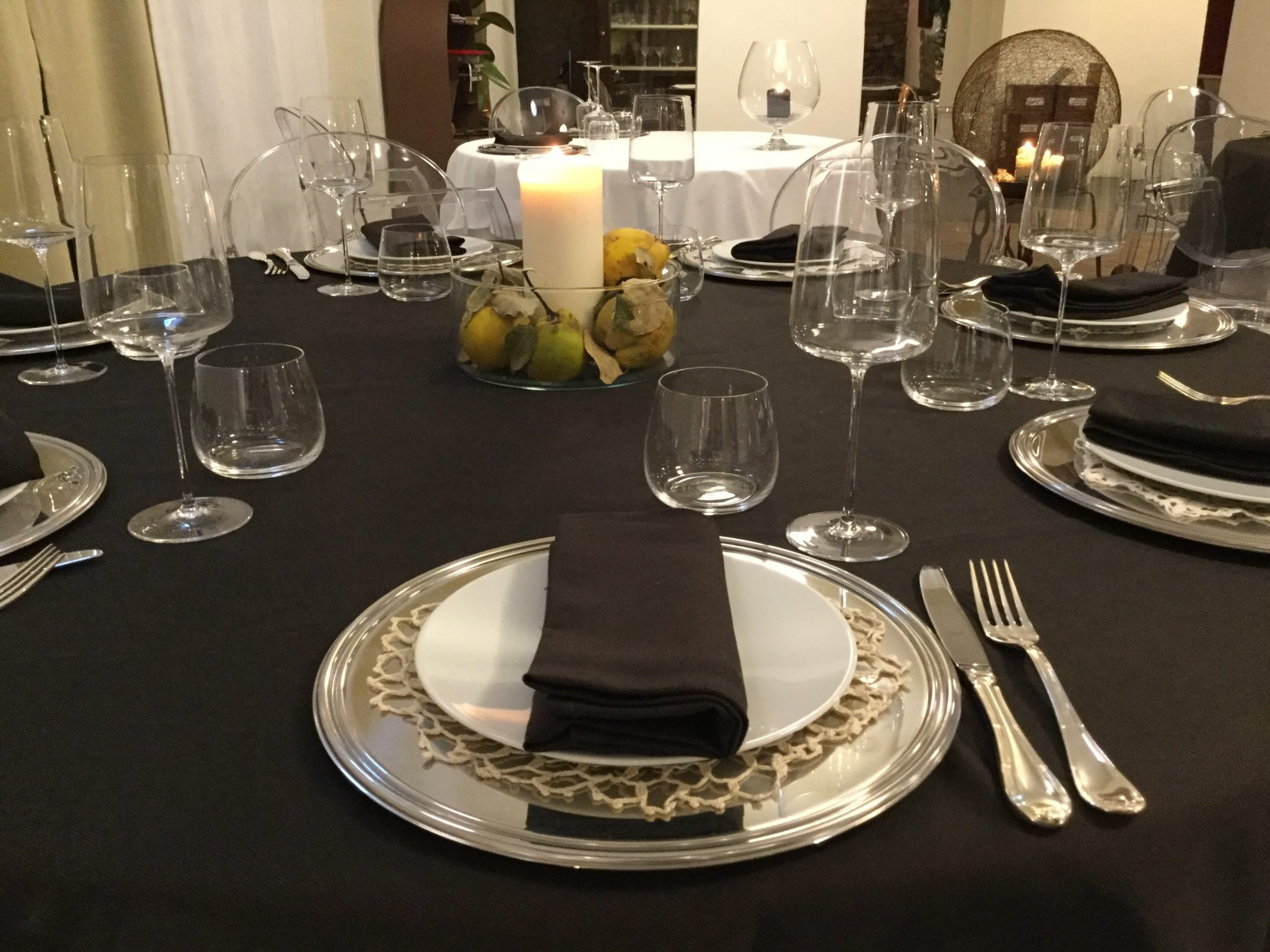 All'Osteria Battaglino, in provincia di Cuneo, il pranzo di Natale è una sorpresa. Ogni portata, un regalo inaspettato per il palato.