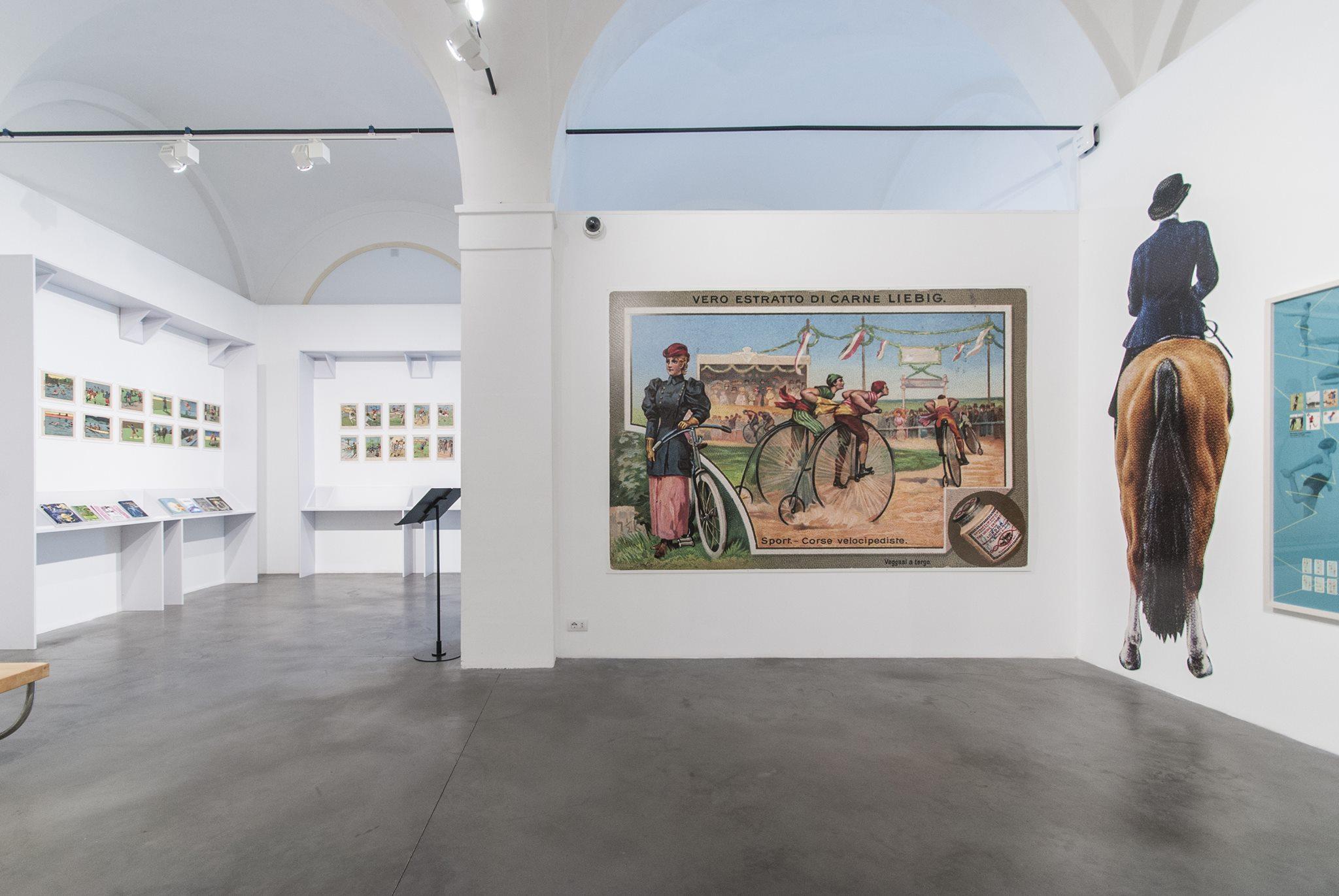 """Il Museo della Figurina di Modena: da Holly e Benji a Occhi di Gatto, l'unico museo da visitare dicendo """"Ce l'ho, non ce l'ho""""."""