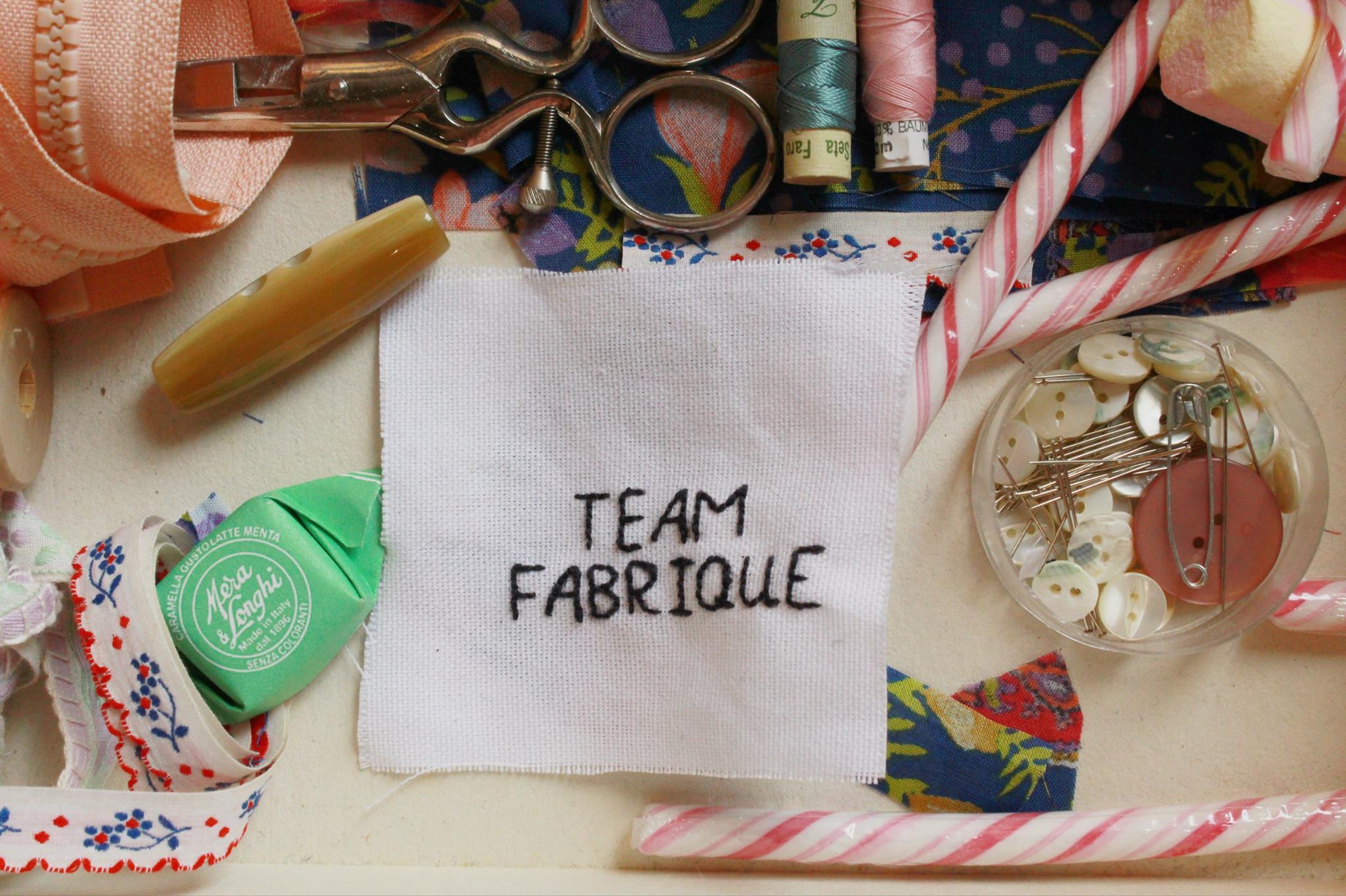 Elena e Francesca hanno dato vita a Brescia alla loro Repubblica Indipendente del Cucito: Fabrique, uno spazio su misura per chi ama cucire