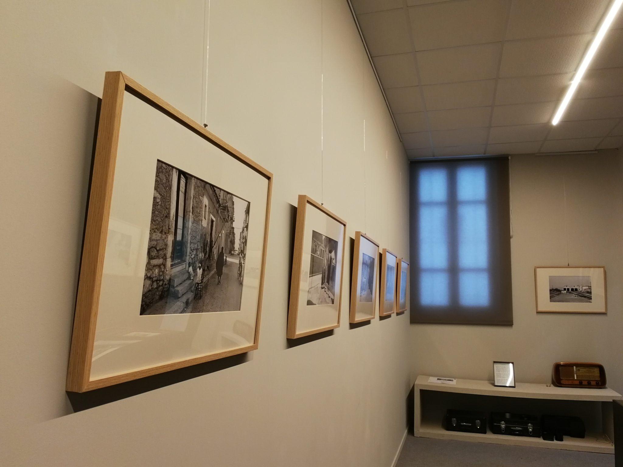 Una nuova galleria specializzata in mostre fotografiche, uno spazio dedicato al design e uno storico spaccio di prodotti alimentari. Tutto in una strada