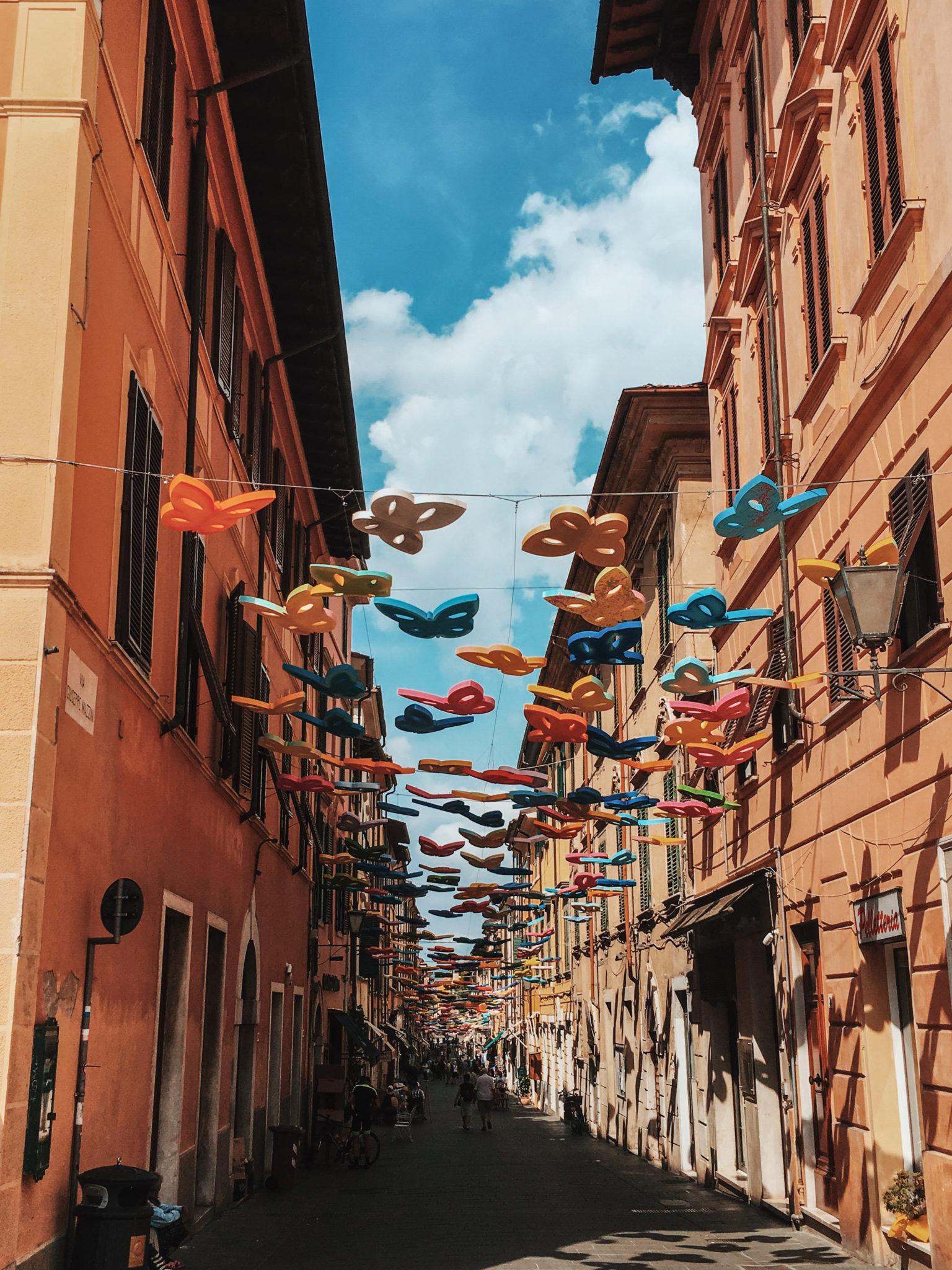 il Museo dei Bozzetti e il Parco Internazionale della Scultura Contemporanea fanno di Pietrasanta un luogo di arte: una piccola Atene, densa di storia