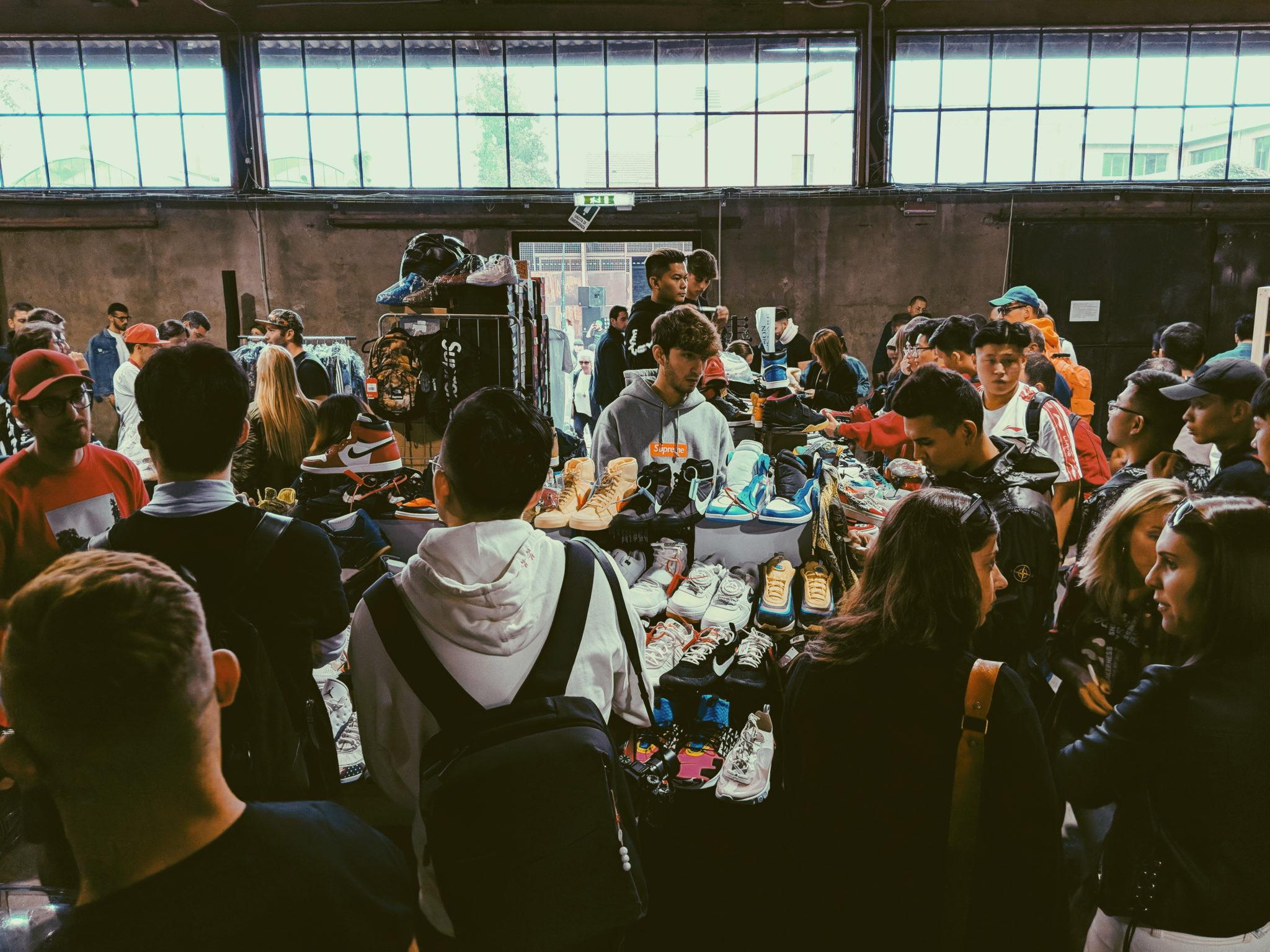 Dopo Amsterdam, Berlino, Parigi, arriva a Milano Sneakerness, la fiera di scarpe in edizione limitata, introvabili, da collezione. Ci siamo fatti un giro
