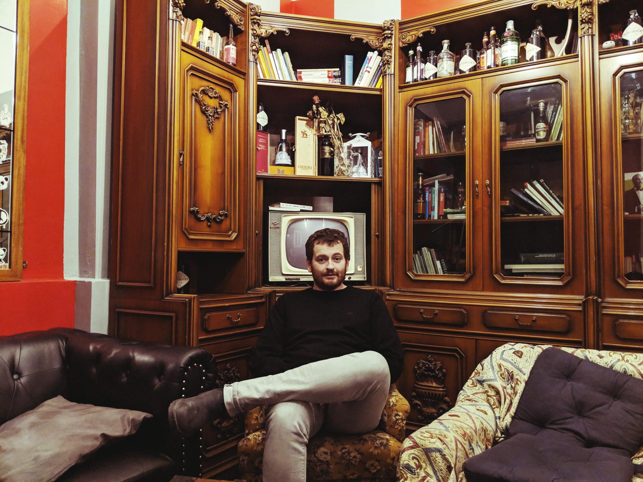 Matteo B Bianchi, scrittore, autore televisivo e locals di NoLo, ci porta a fare un giro fra i suoi luoghi preferiti del nuovo quartiere di Milano