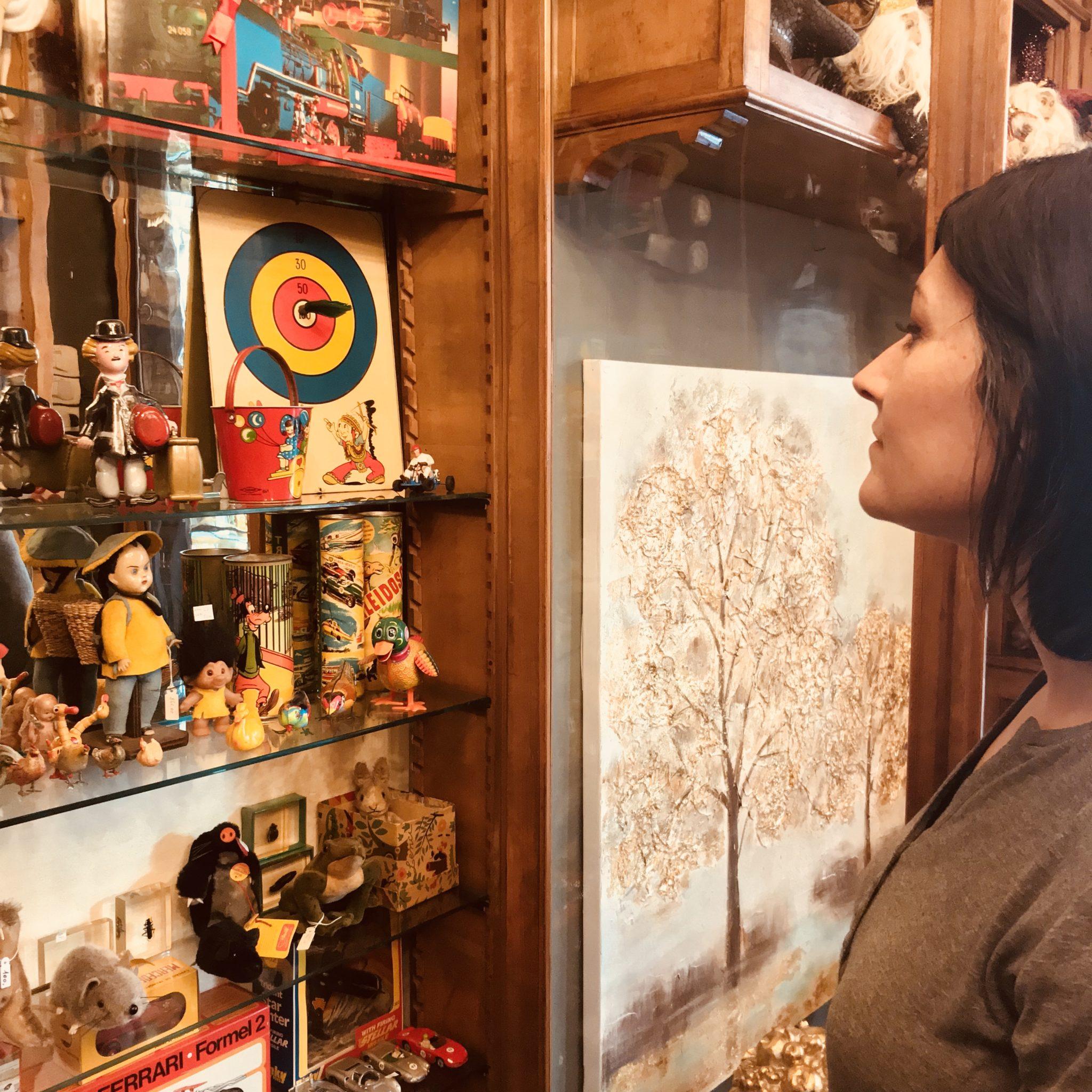 Balocchi, carillon, giochi di latta, quadri inglesi dell'800 e porcellane del primo 900. Old Toys, per un Natale d'altri tempi