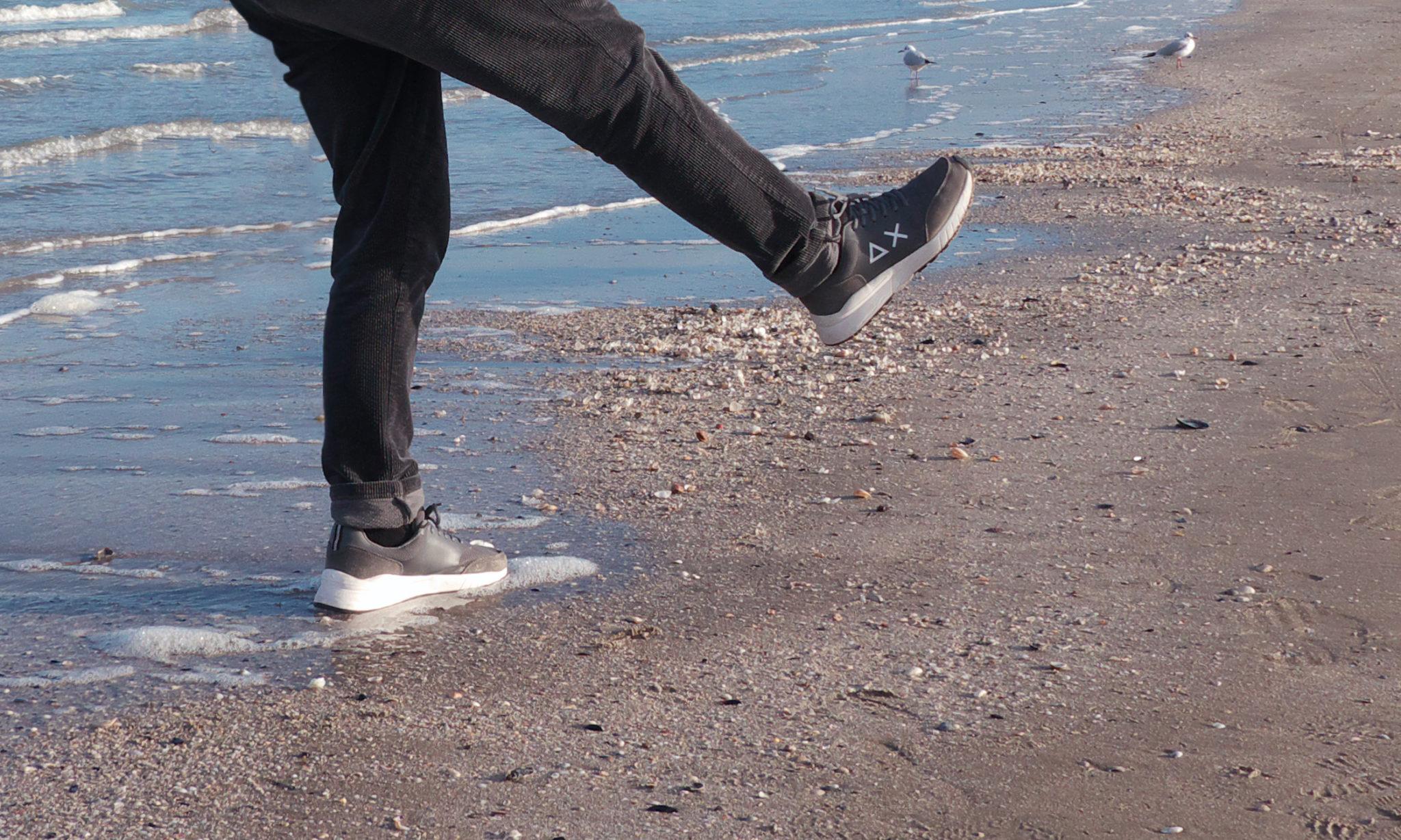 Al mare non con un asciugamano ma con il plaid, non con qualcosa di fresco ma con una bevanda calda. Questa l'idea della Spiaggia del Sole a Riccione