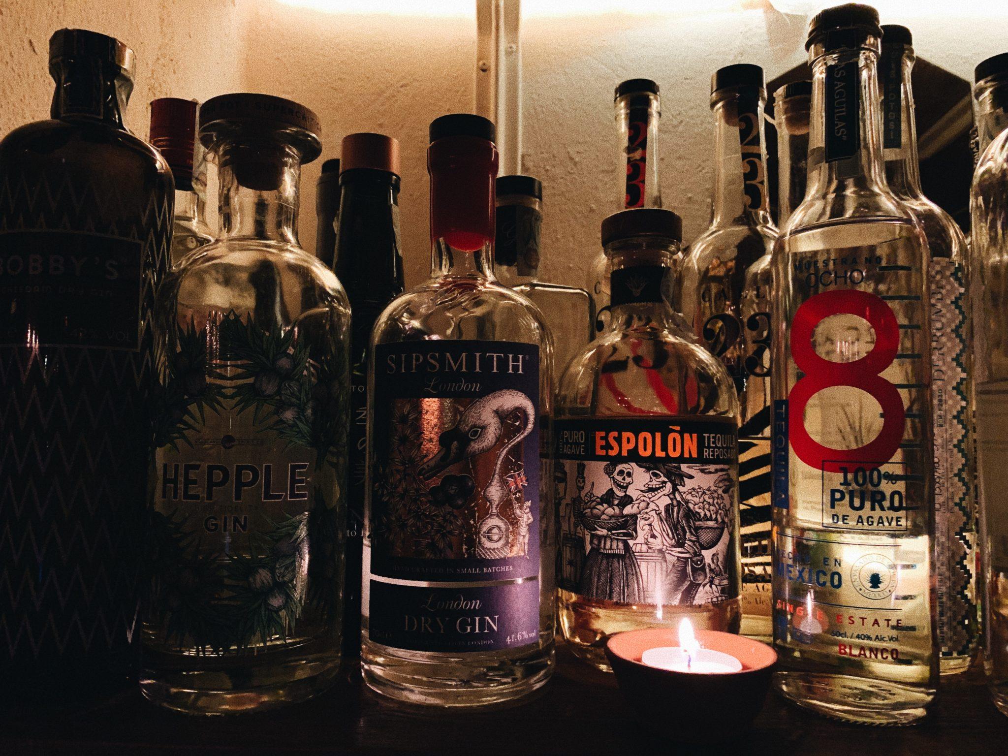 L'esclamazione del dottor Emmett Brown nella famosa saga anni '80, oggi diventa un cocktail bar dallo stile vintage, ispirato a un bar di Copenaghen