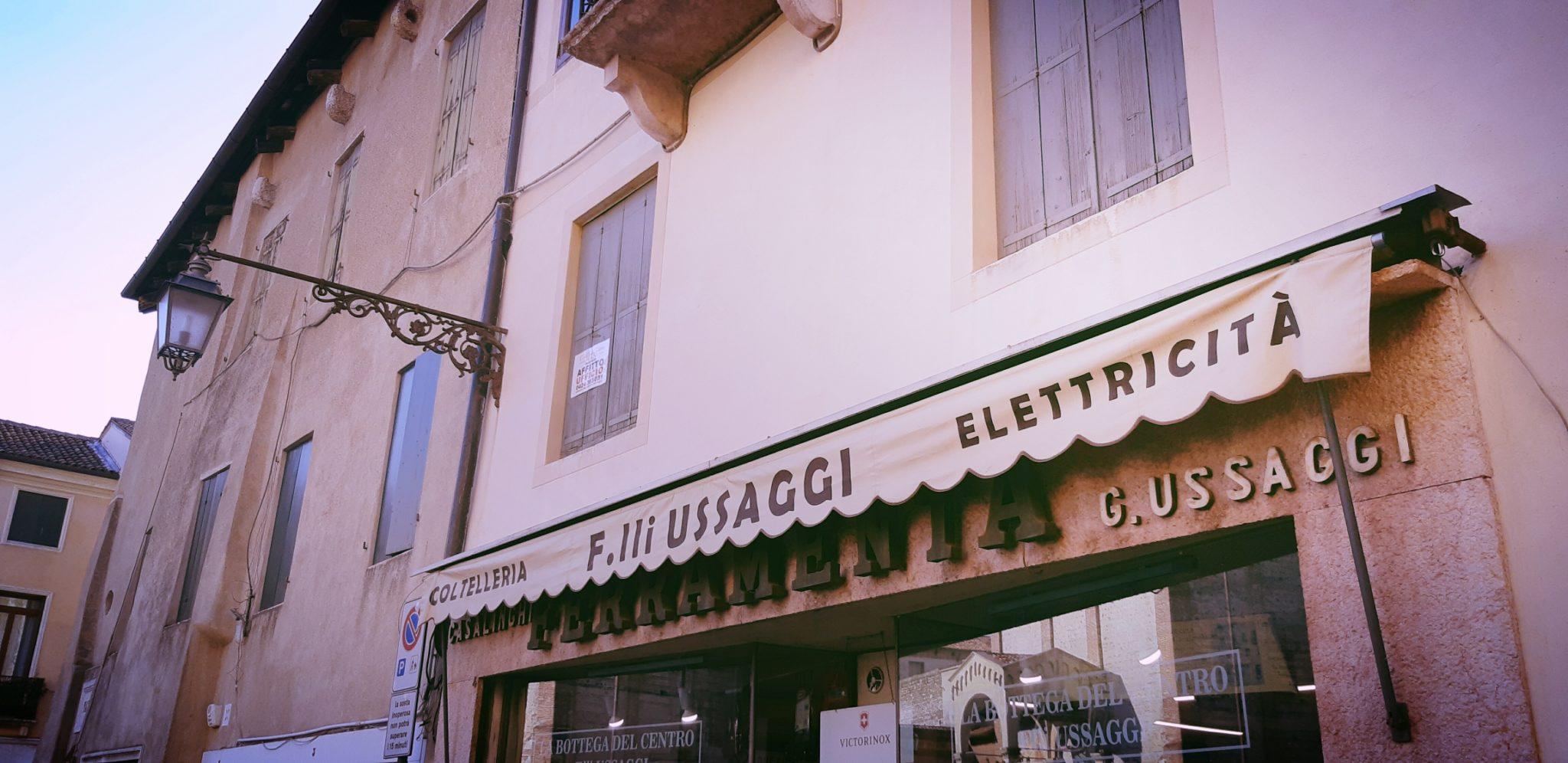 Un giro a Bassano, fra palazzi storici e nuovi festival musicali e di spettacolo itinerante, osterie ed enoteche spirate a Corto Maltese