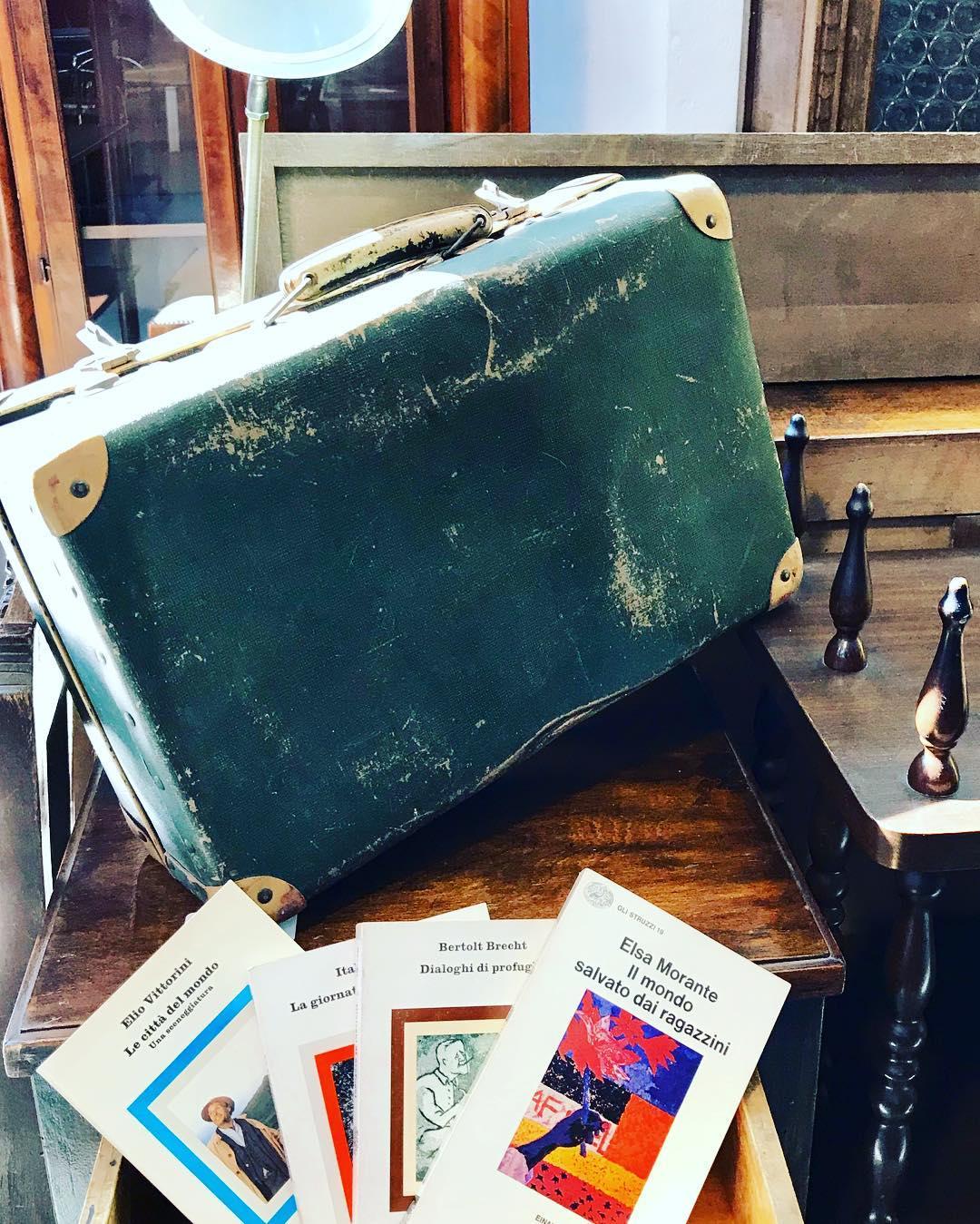 C'è un luogo dove gli oggetti usati raccontano storie: il mercatino Triciclo, un laboratorio di recupero e riciclo, sgombero cantine e riarredamento vintage