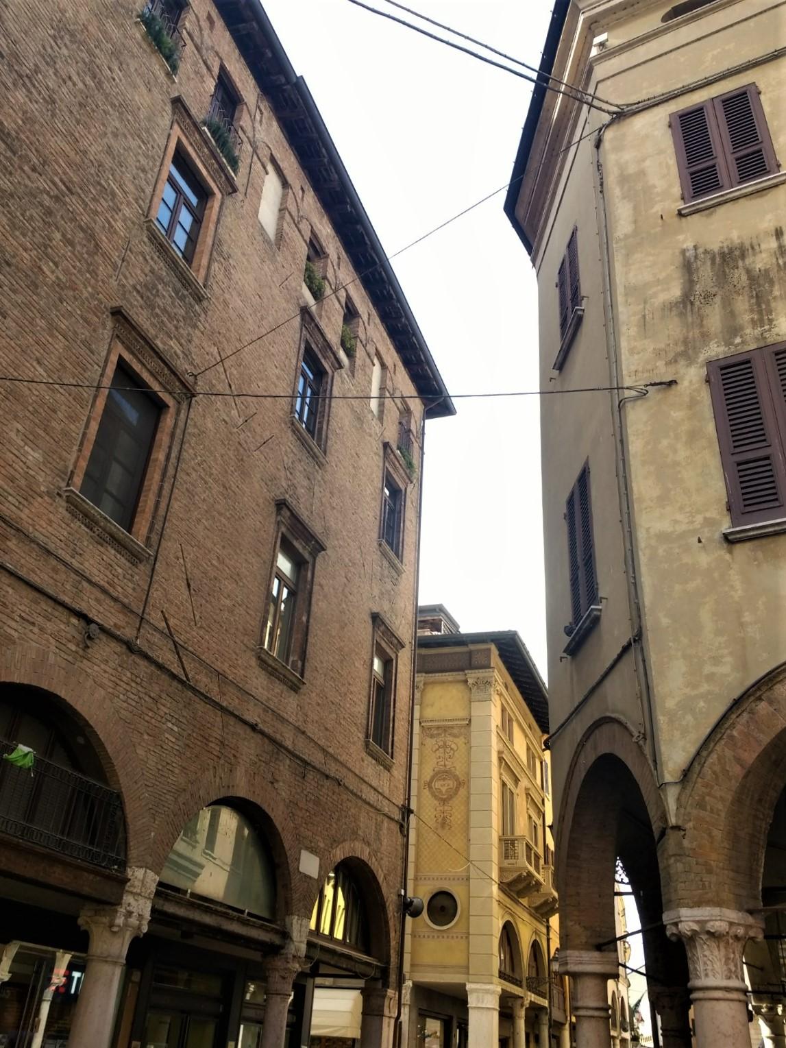 La Radio francese ha inserito Mantova nella mappa mondiale del progetto di esplorazione sonora Ecouter le Monde: poco più di un minuto per sentirsi in città