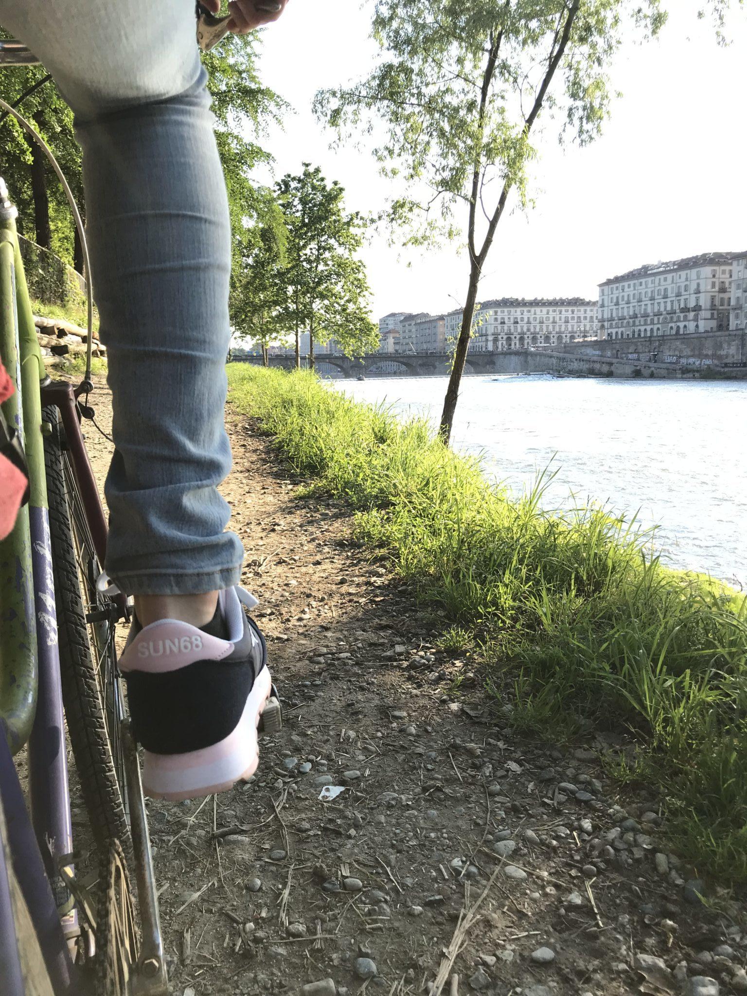 L'anima verde di Torino da percorrere in bicicletta: seguendo il flusso del Po fra sentieri, centri ippici e ristorantini per sentirsi a casa e in campagna