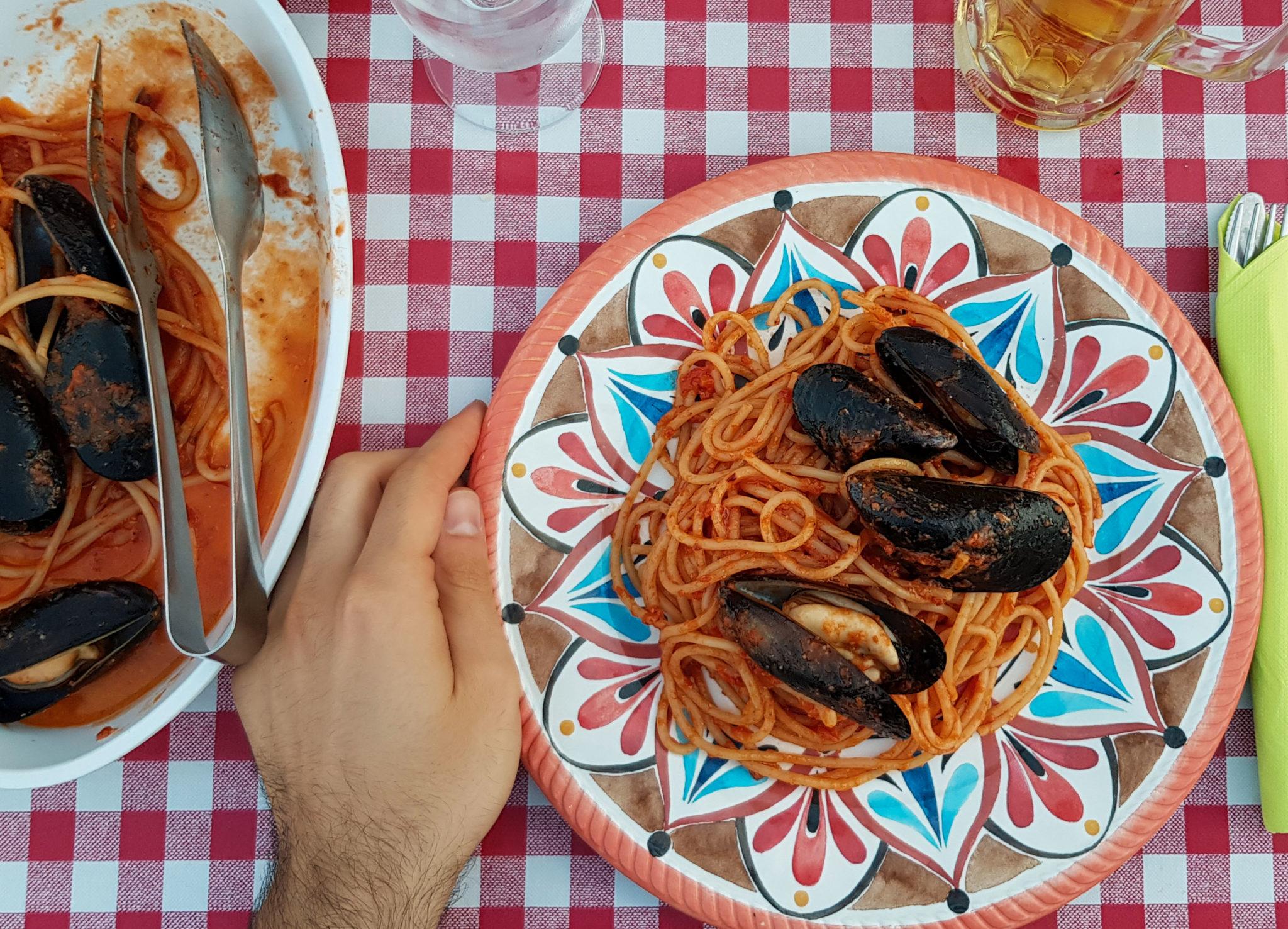 Allotria, Zamarèn e Gher: 3 osterie di mare a Riccione. Ci siamo fatti raccontare dai gestori le loro storie, e i loro piatti