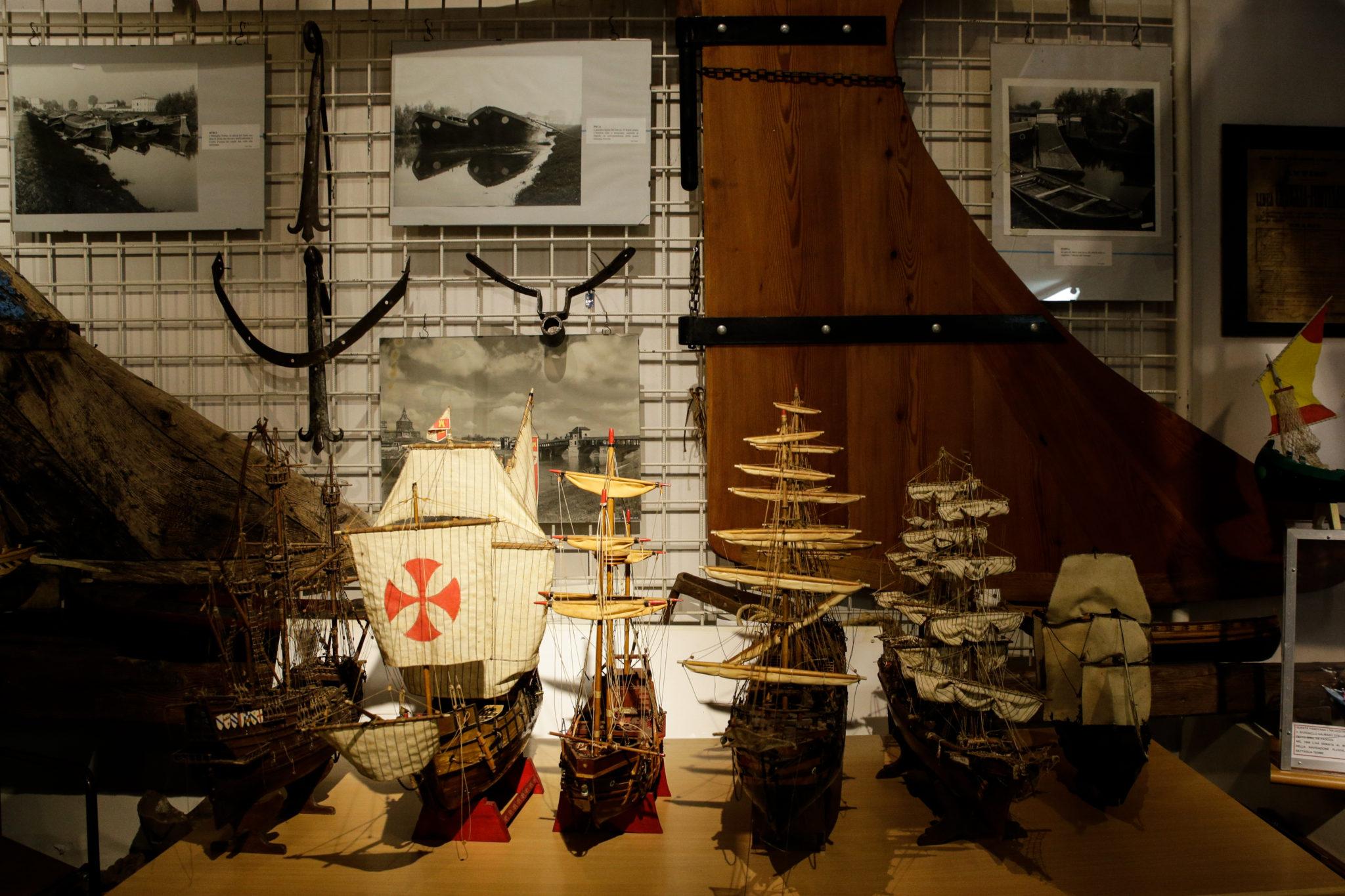 Storie, ricordi e materiali di vita vissuta dagli antichi barcaioli. Al Museo della Navigazione Fluviale di Battaglia Terme, Padova, si naviga nella memoria